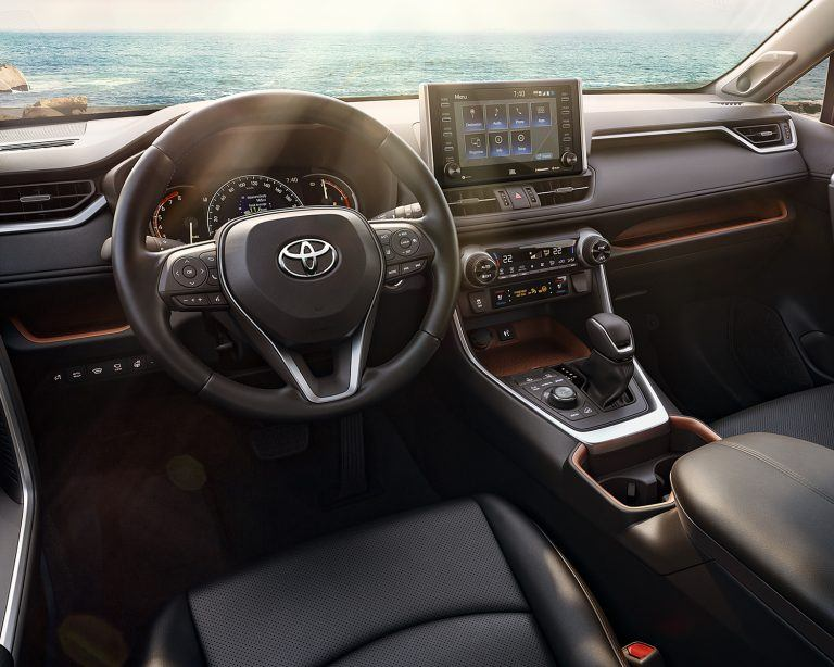 Toyota RAV4 Receives Prestigious 2019 Wards Best Interiors Award